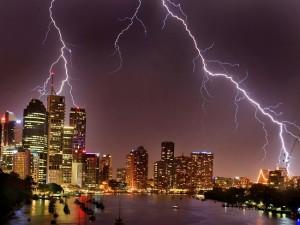 039403-beautiful-brisbane-lightning-over-city
